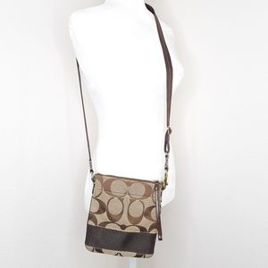 Coach Signature Swingpack Crossbody Bag Purse